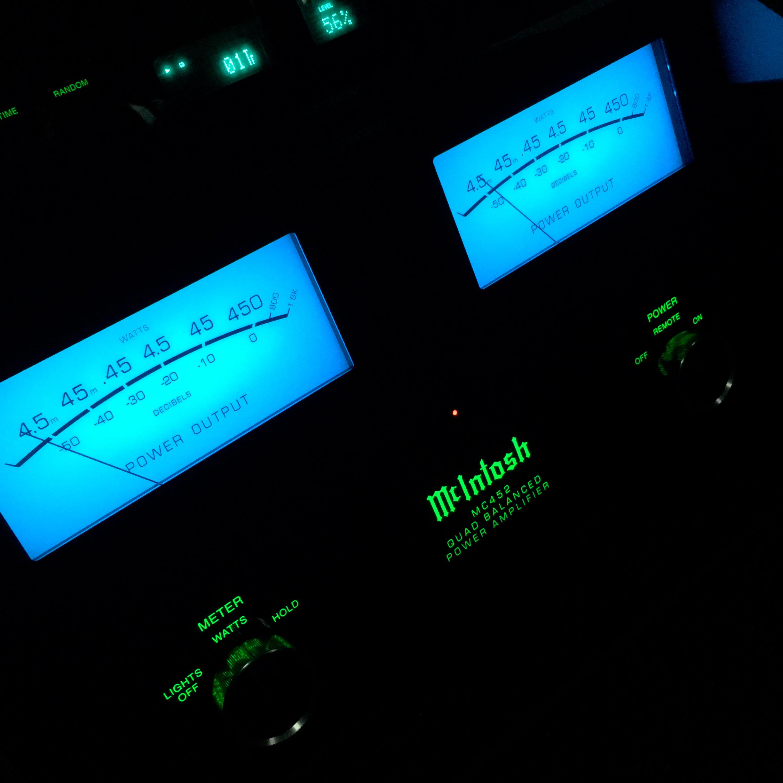 McIntosh MC452 Stereo Amplifier on