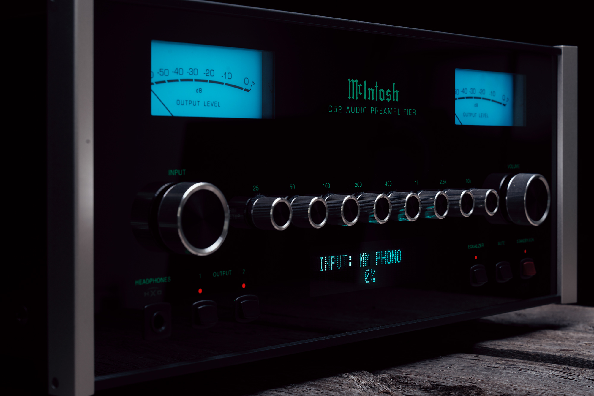 Mcintosh C52 Stereo Preamplifier Band 2