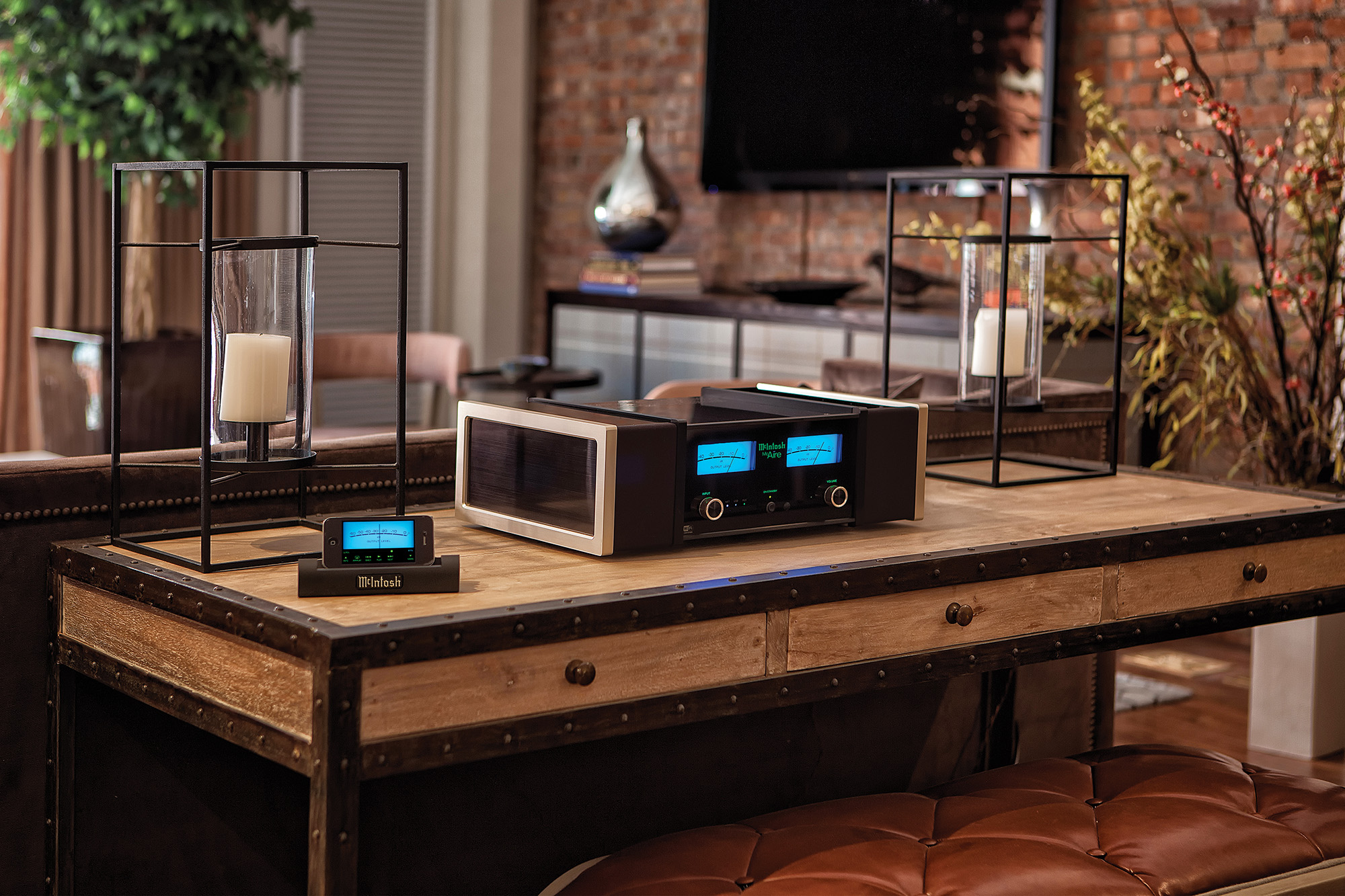 mcintosh mcaire integrated audio system. Black Bedroom Furniture Sets. Home Design Ideas